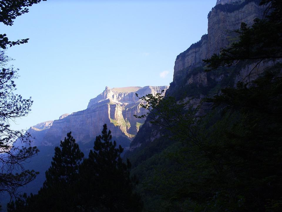 Monte Perdido, Pyrenees, Nature