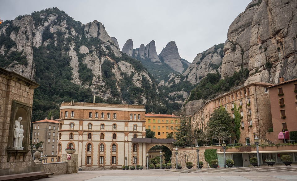 Montserrat, Monastery, Spain, Travel, Architecture