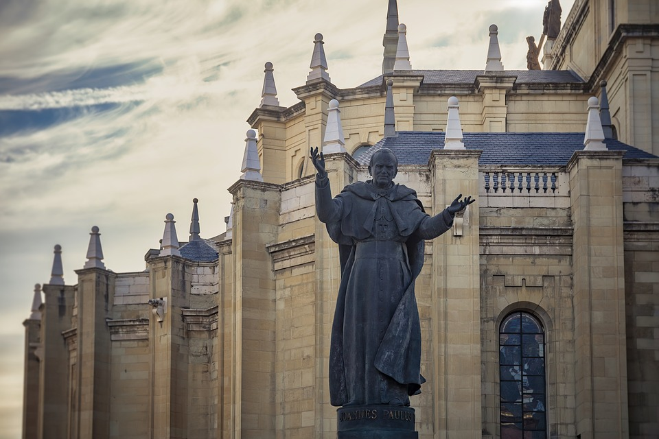 Pope, John Paul Ii, Statue, Church, Religion, Monument