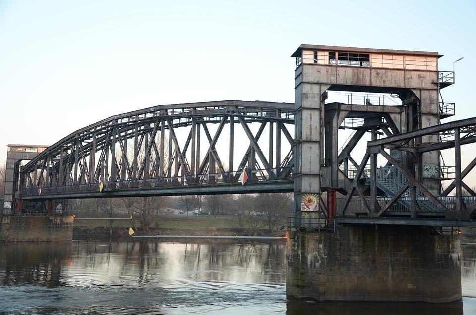 Hubbrücke, Magdeburg, Railway Bridge, Elbe, Monument
