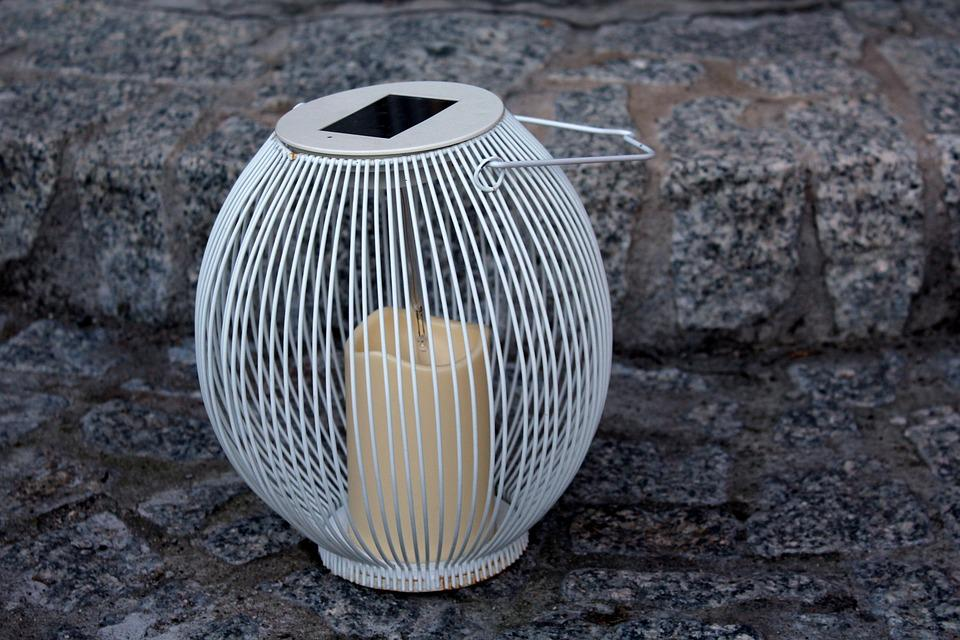Lantern, Ornament, Lighting, Lampshade, Mood