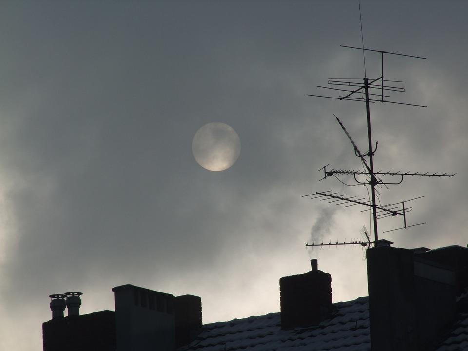 Moon, Full Moon, Roof, Tile, Sky, Mood, Atmosphere