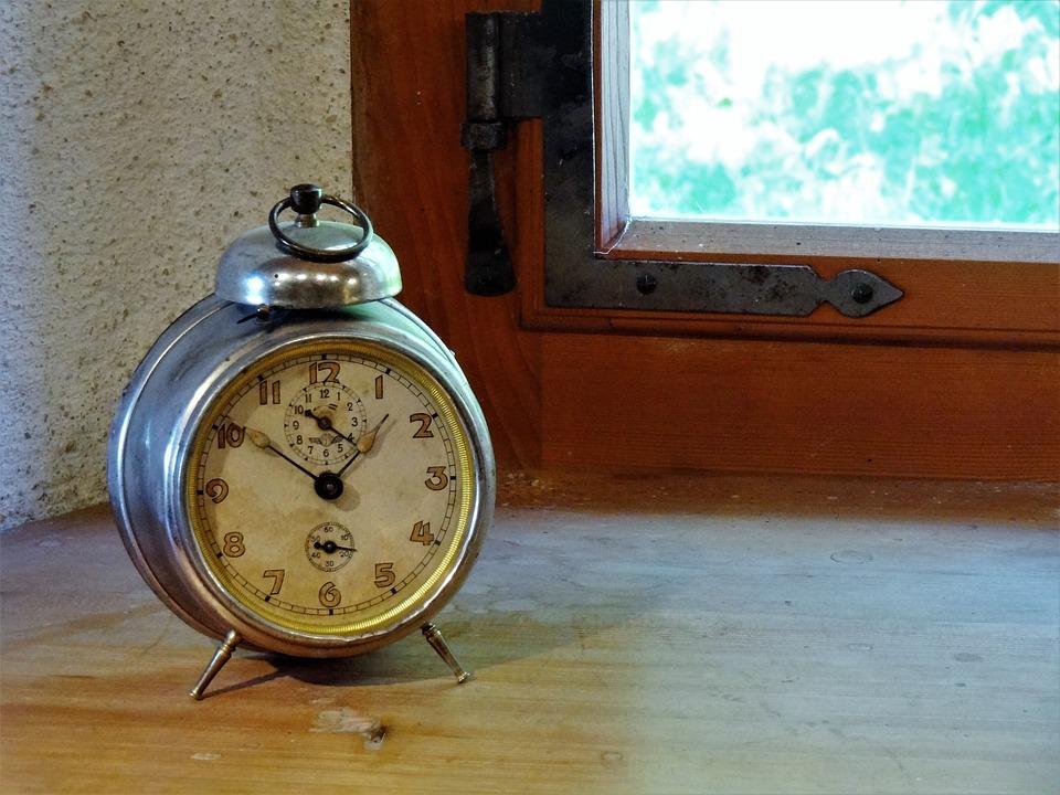 Free photo Morning Bedroom Wake Up Oversleeping Alarm Clock - Max Pixel