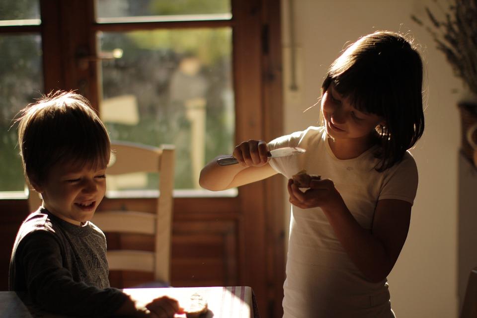 Children, Bread, Morning, Morninbreakfastg