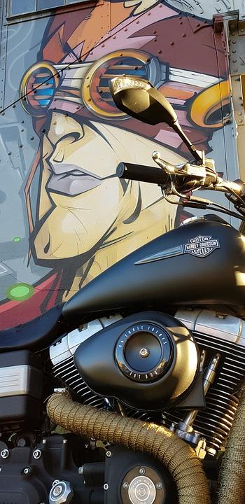 Motorcycle, Grafity, Railway Station, Harley Davidson