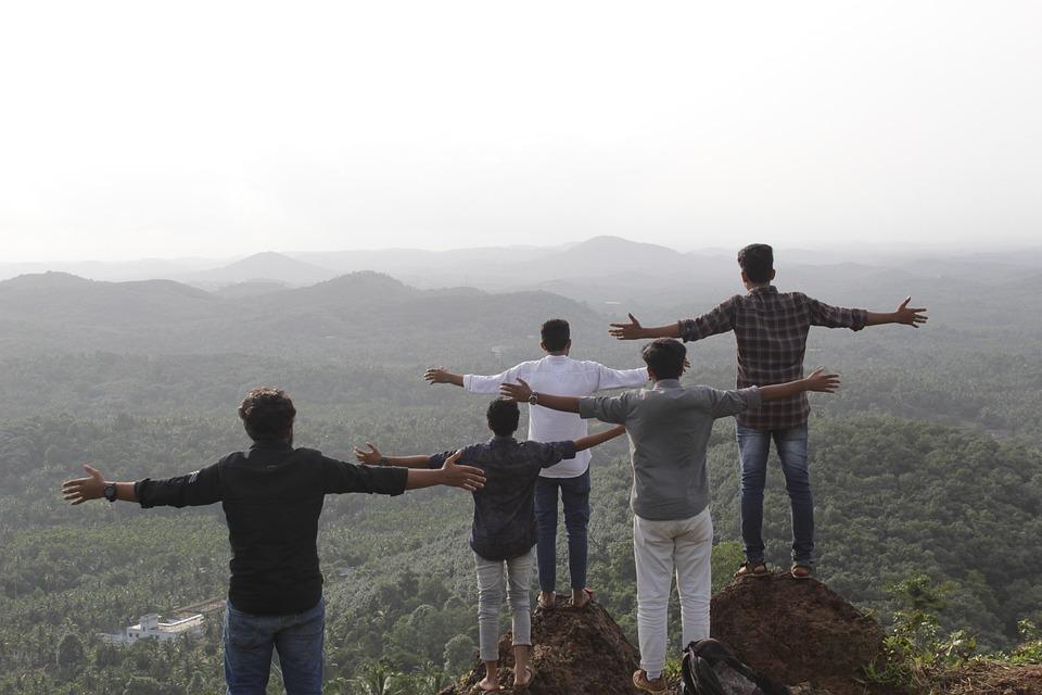 Statue, Friends, People, Boys, Men, Mountain, Hill