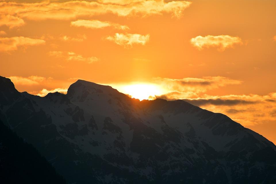 Sunrise, Sun, Sunlight, Mountains, Mountain Peaks, Sky