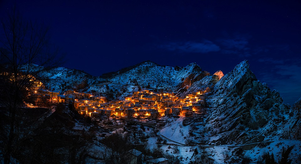 Castelmezzano, Italy, Village, Town, Resort, Mountains