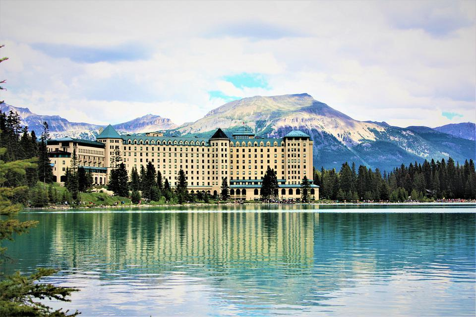 Fairmont Chateau Lake Louise, Building, Lake, Mountains