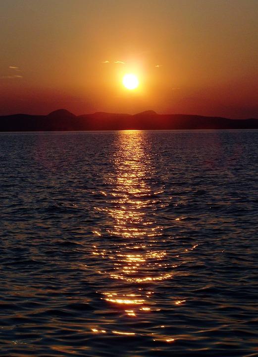 Sunset, Lake, Horizon, Mountains, Silhouettes, Sun