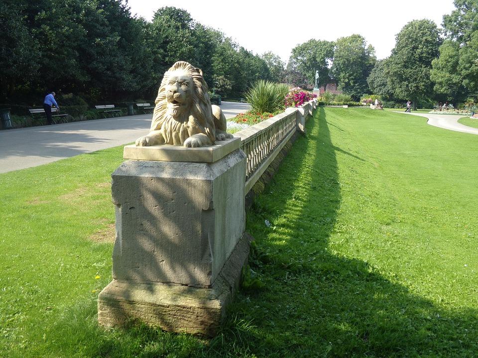 Mowbray Park, Sunderland, Lions