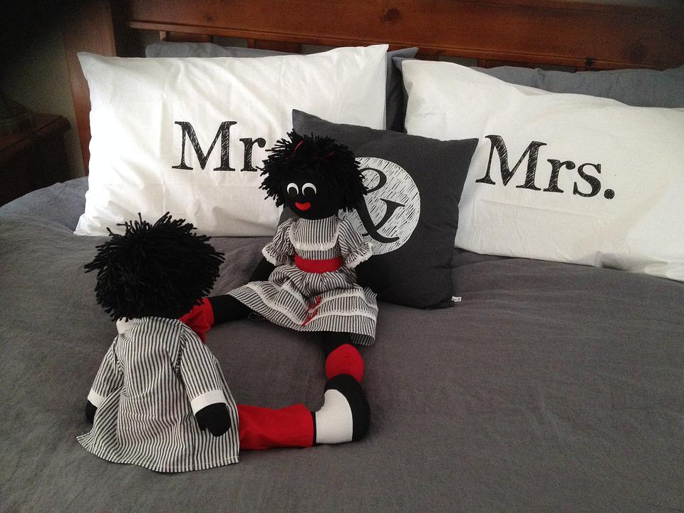 Mr, Mrs, Fun, Male, Woman, Toys, Bed, Just Married