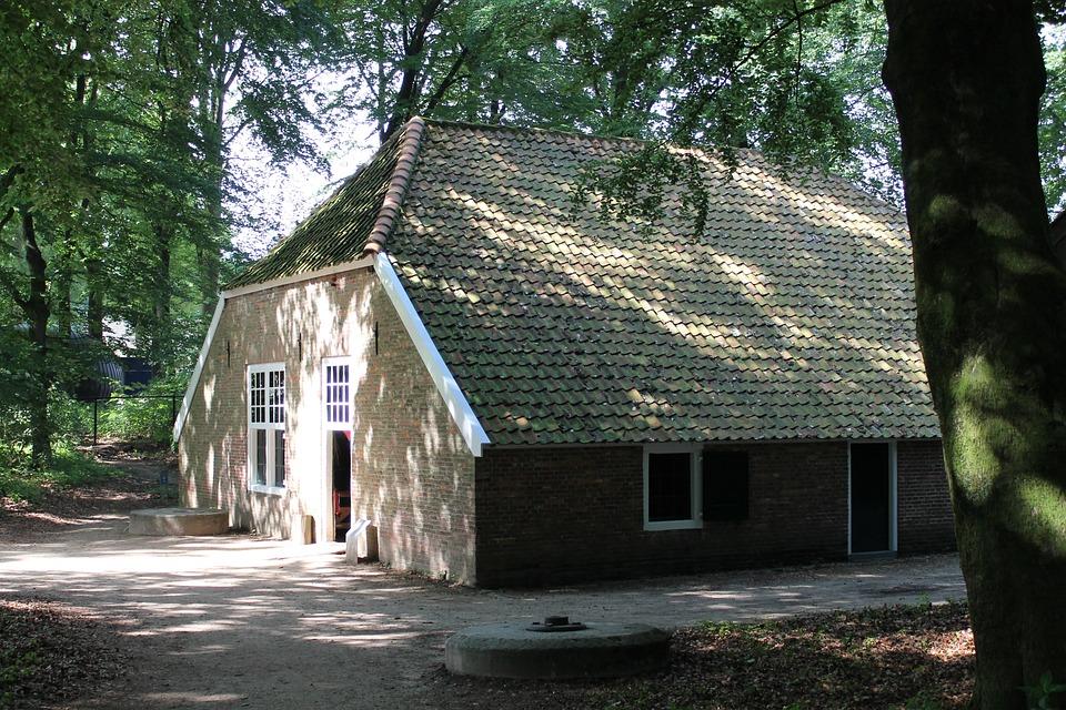 Farm, Museum, History