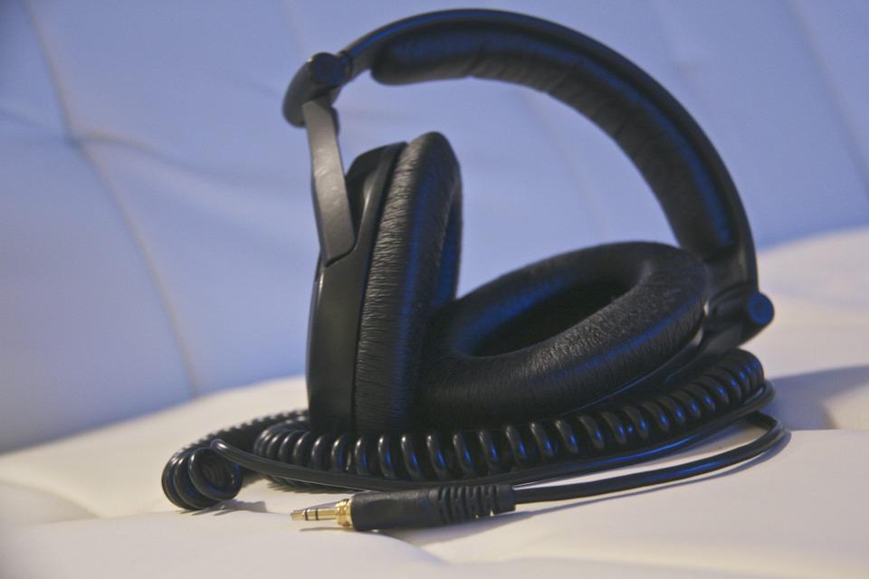 Headphones, Music, Listening, Equipment, Leisure