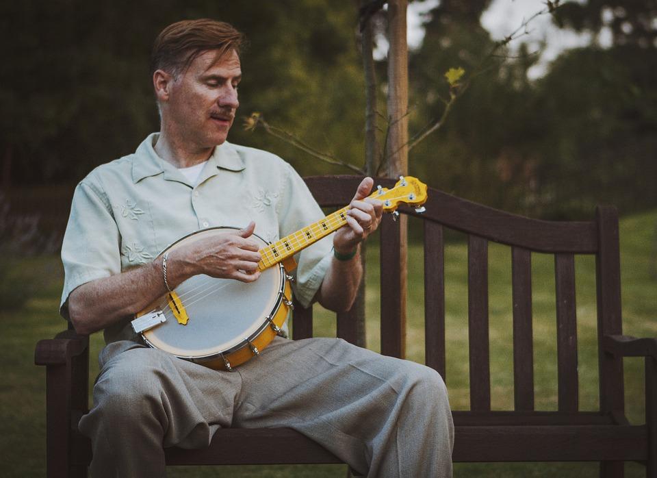 Banjo Ukulele, Ukulele, Instrument, Musician, Music