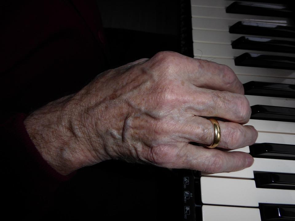 Hand, Piano Keys, Music, Sound, Musical Instrument