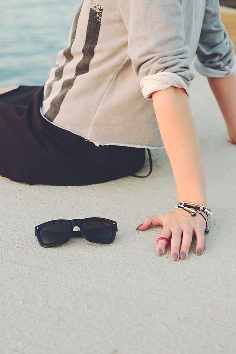 Girl, Woman, Hand, Nail, Sunglasses, Jewellery