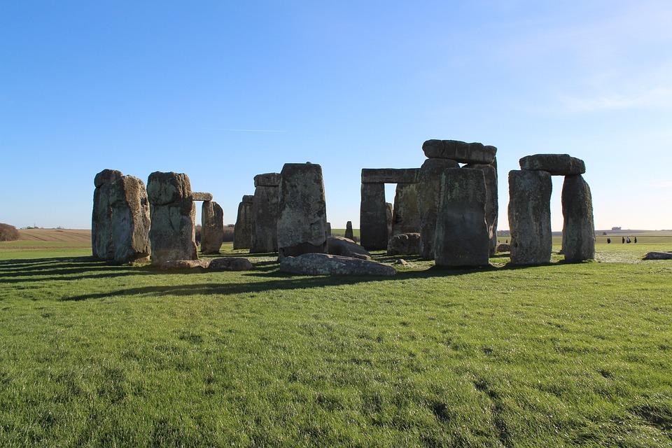 Stonehenge, Monument, Nature, Landscape, Amesbury