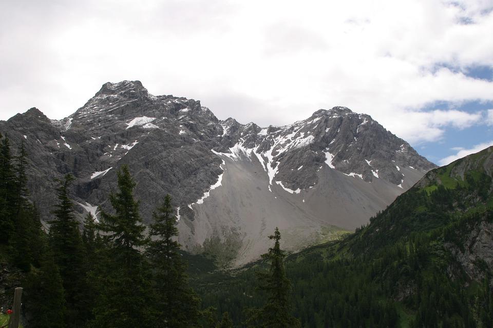 Austria, Voralberg, Gamperdona Valley, Nature