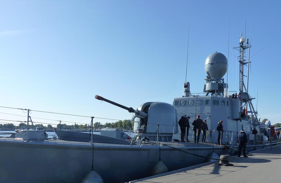 Speedboat S79, Weasel, Gun, Navigation Radar