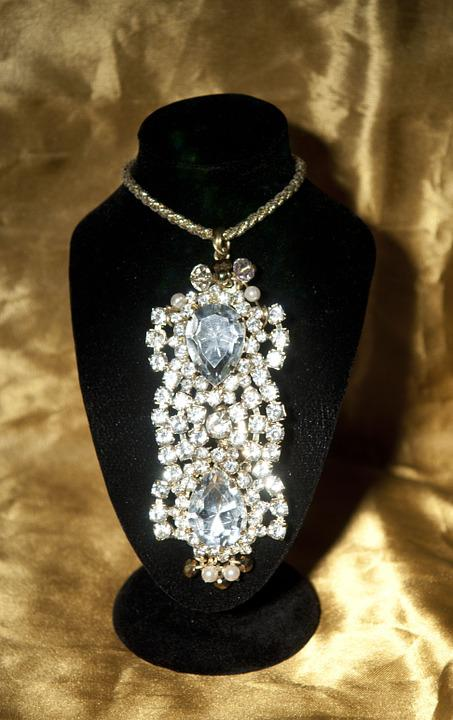 Himera, Pendant, Necklace