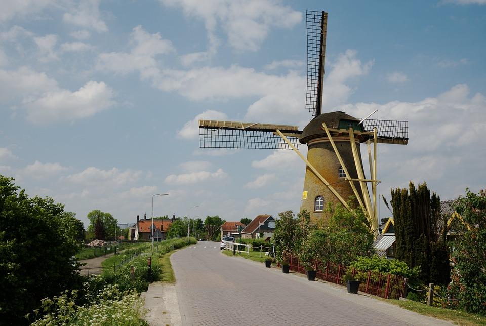 Windmill, Puttershoek, Netherlands