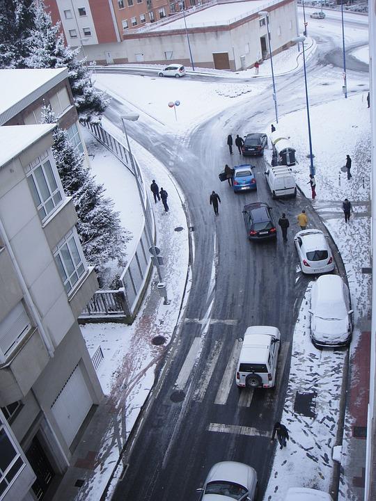 Snow, Jam Of Traffic, Nevado