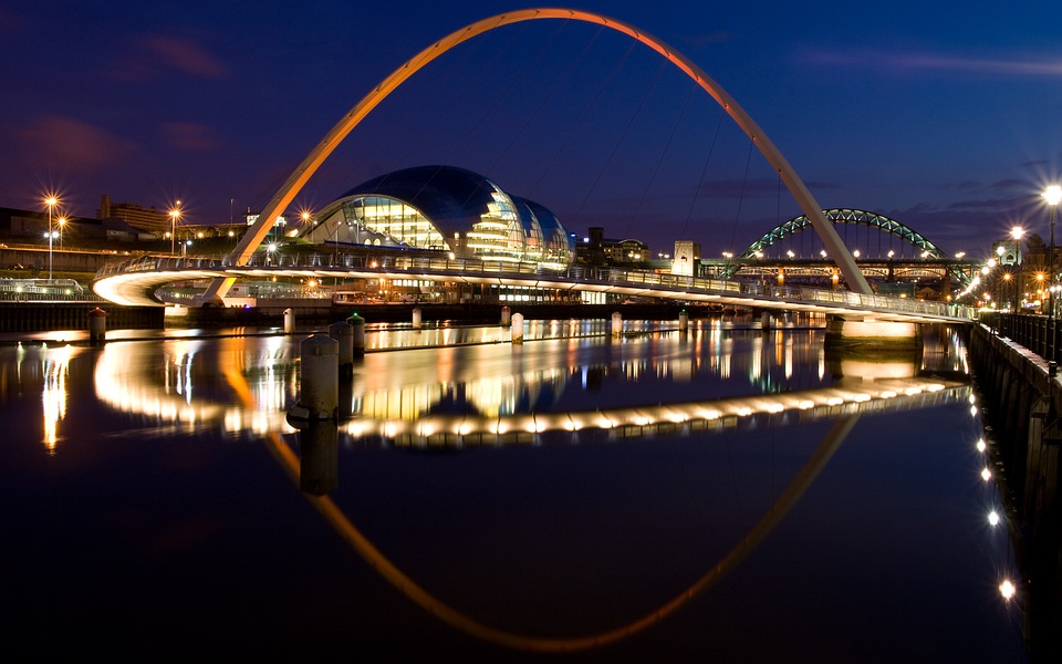 Millennium Bridge, Gateshead, Newcastle, Tyneside