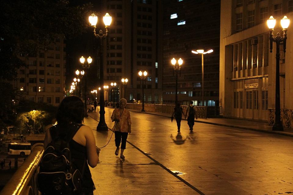 Viaduto Santa Efigênia, São Paulo, Night