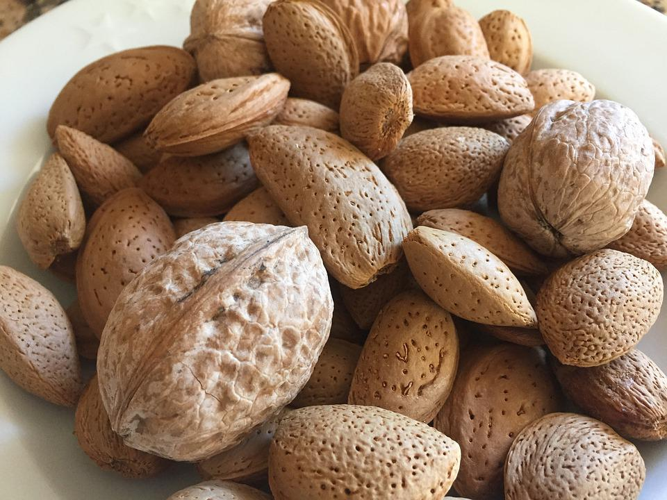 Almonds, Walnuts, Nuts, Walnut, Dining, Nøddeblanding