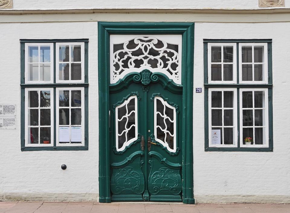 Monument, Front Door, Lattice Windows, North German