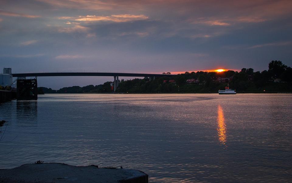 Northern Baltic Sea Channel, Holtenau, Shipping, Nok