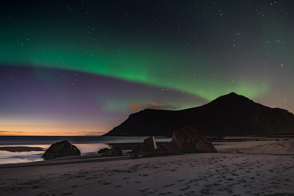 Northern Lights, Aurora Borealis, Cabin, Hills, Norway