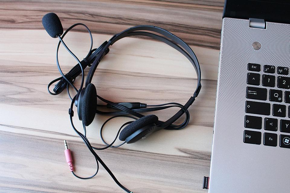 Headphones, Microphone, Laptop, Notebook
