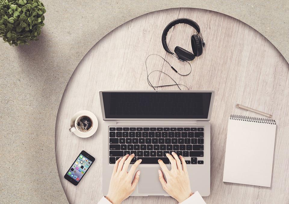 Notepad, Mobile Phone, Notebook, Table, Headphones