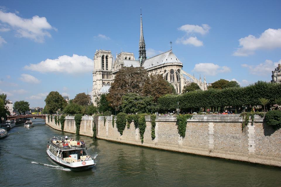 Sanchez, Notre Dame, Paris, Seine River, Boat