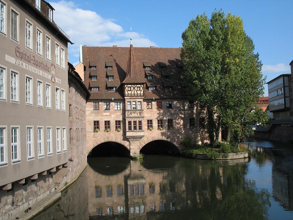 Nuremberg, Pegnitz, Hangman Bridge, Water, Architecture