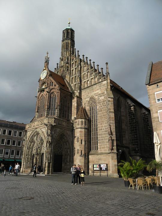 Frauenkirche, Nuremberg, Main Market