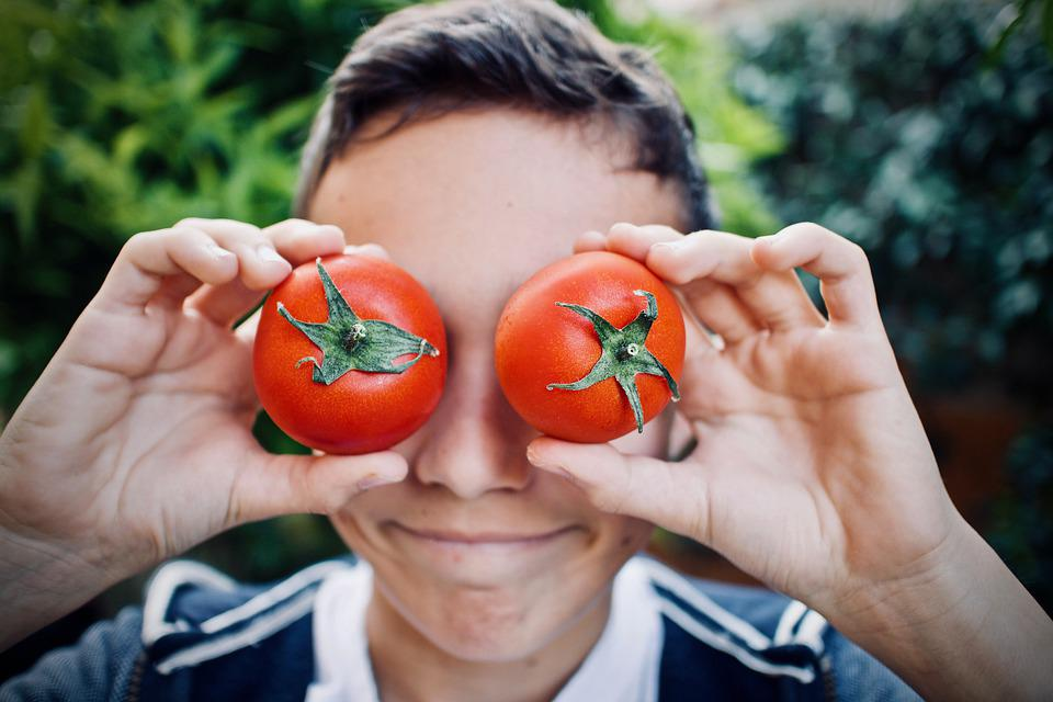 Guy, Tomatoes, Faces, Cute, Outdoors, Nutrition, Cool