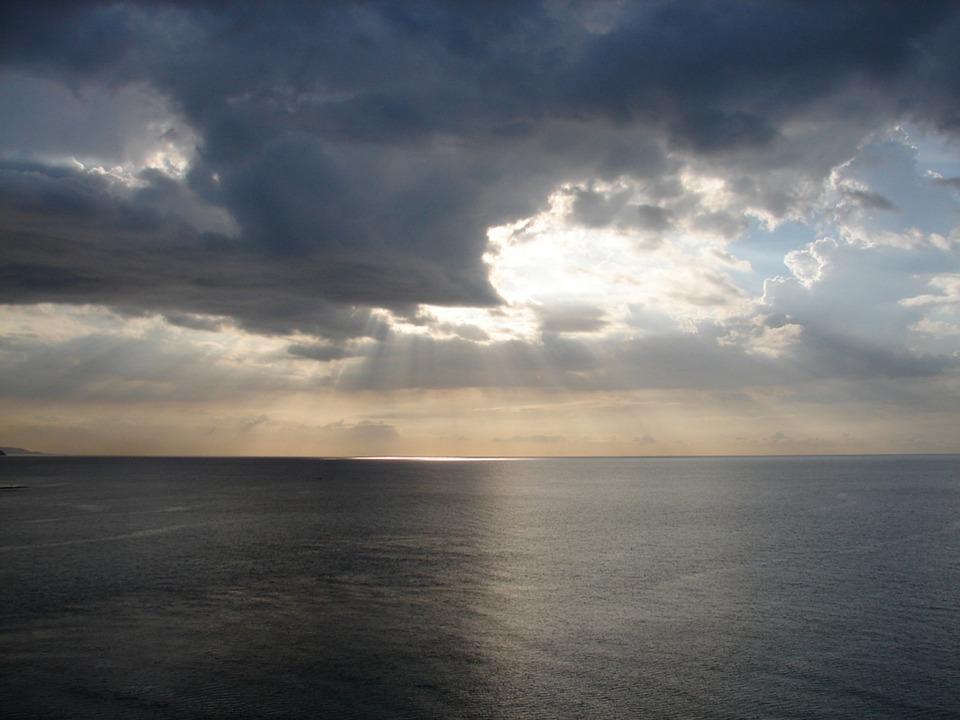 Sunbeams, Sun On Water, Sky, Clouds, Ocean, Sunlight