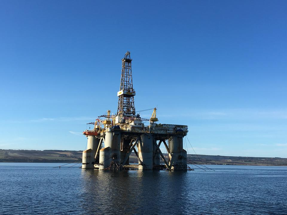 Oil Industry, Oil, Offshore, Drilling Rig Wilhunter