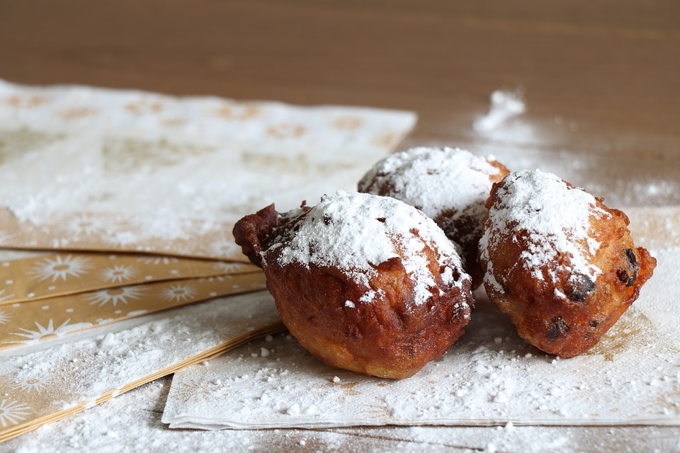 Fritters, Old And New, Powdered Sugar, Raisins