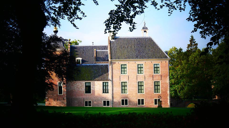 Castle, Beautiful Surroundings, Architecture, Old
