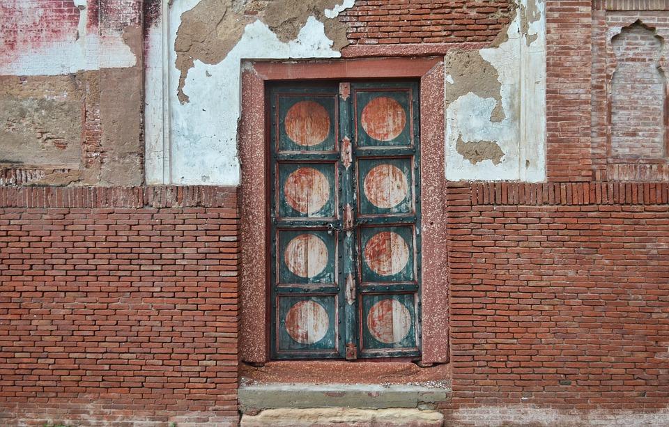 Wooden Door, Texture, Bricks, Brick Wall, Door, Old