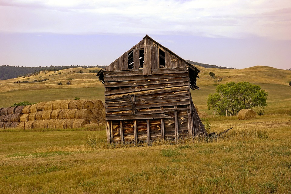 Decaying Barn, Decay, Old, Dilapidated, Weathered, Wood