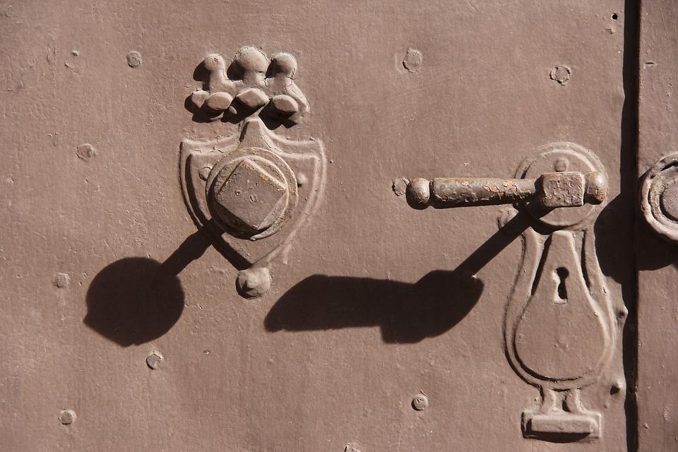 Doorhandle, Shadows, Old Gate