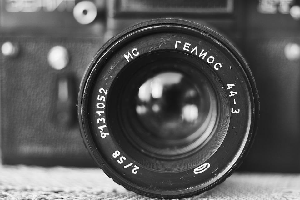 787bdcce93337 Free photo Old Journalist Retro Photo Camera Movie - Max Pixel