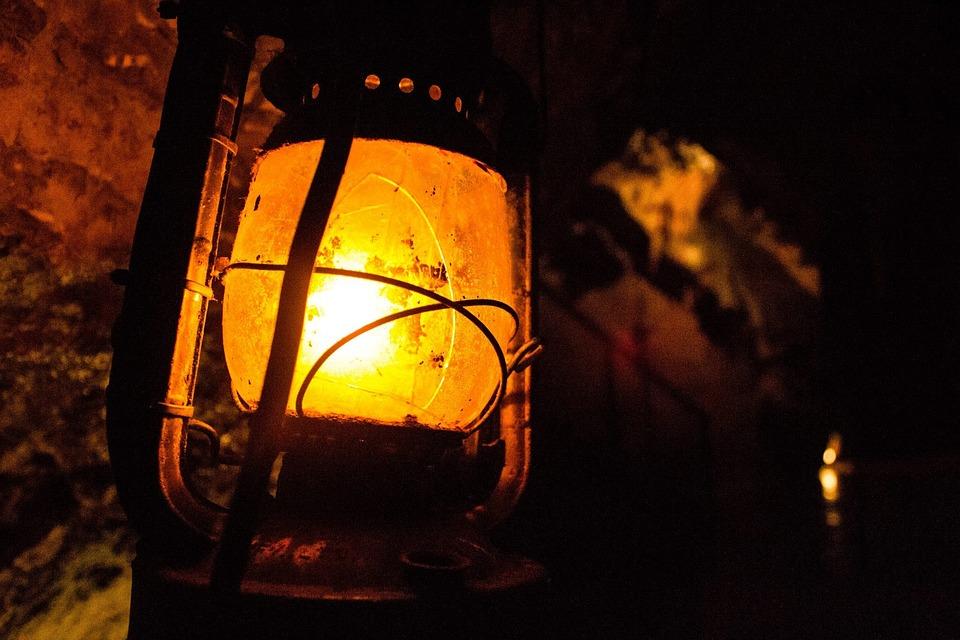 Lantern, Dark, Cavern, Glow, Metal, Gas, Old, Lamp