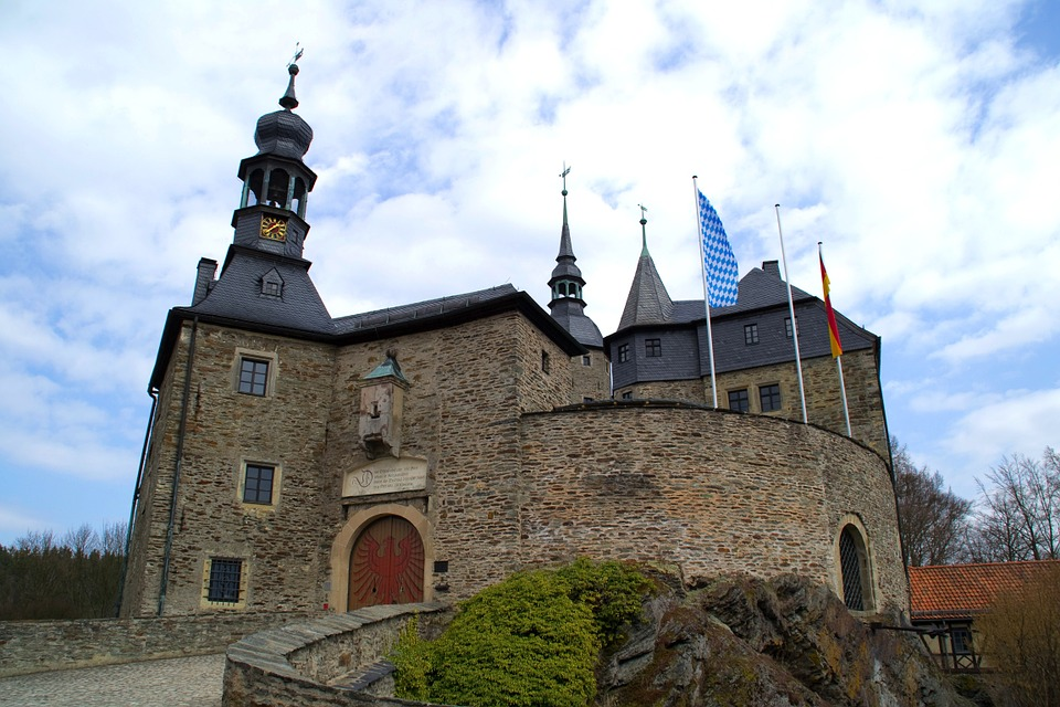 Castle, Sky, Clouds, Historical, Landmark, Old, Flags