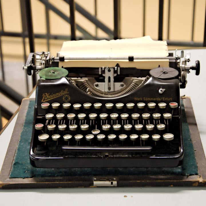 Typewriter, Old, Historically, Leave, Keys, Tap, Museum